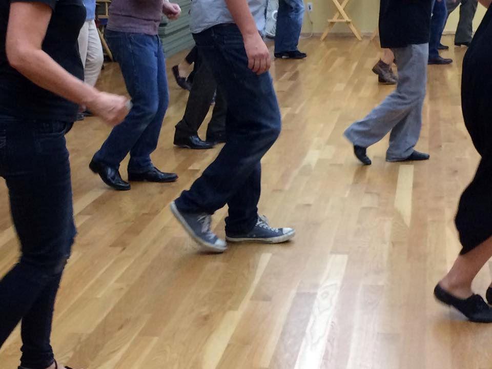 virtual reality dancing
